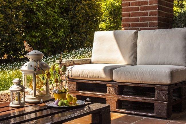Ejemplo de sofá hecho con palets